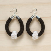 Safari earrings black with soft white
