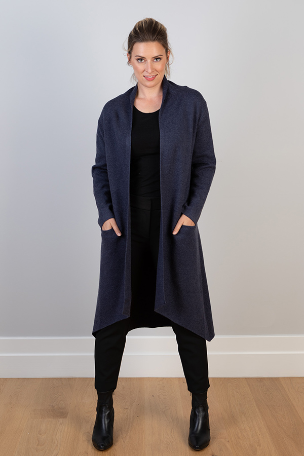 BUTTERSOFT COTTON VISCOSE CASHMERE COATIGAN. FREE SIZE AND WILL SUIT A SIZE 8 TO SIZE 14