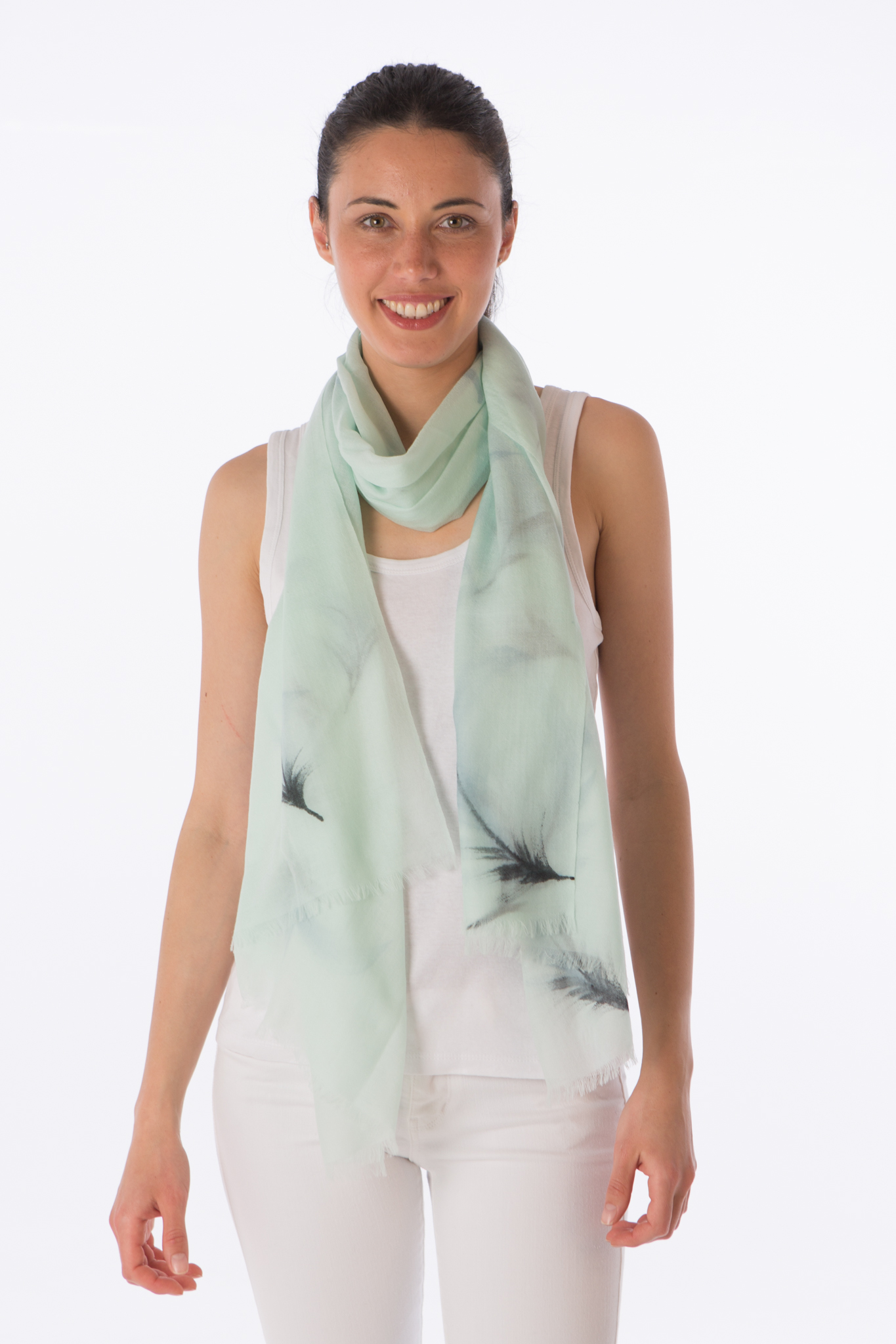Cashmere scarf with feather print